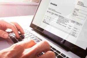 Das E-Rechnungsgesetz trifft Unternehmen spätestens ab November 2020.